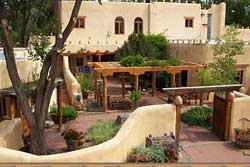 pet friendly hotels in Taos, new Mexico