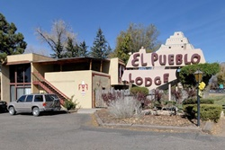 pet friendly hotel in taos, new mexico: sagebrush inn